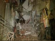 दिल्ली: लक्ष्मीनगर इलाके में गिरी 3 मंजिला इमारत, कई लोगों के दबे होने की आशंका