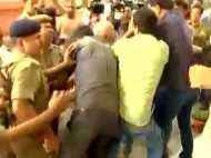 वीडियो: तेजस्वी यादव के सुरक्षा अधिकारियों ने मीडियाकर्मियों से की मारपीट
