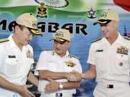 चीन के विरोध को दरकिनार कर भारत ने जापान-अमेरिका की नौसेना के साथ संयुक्त अभियान किया शुरू
