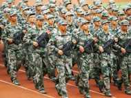 चीन का भीषण युद्धाभ्यास: हेलिकॉप्टर से छोड़ीं मिसाइल, टैंको से बनाया पहाड़ों को निशाना
