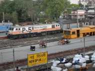 नई दिल्ली रेलवे स्टेशन पर बम की खबर से मचा हड़कंप, जांच में जुटी जीआरपी
