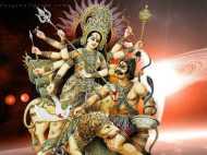 DU प्रोफेसर ने मां दुर्गा को कहा 'सेक्सी वेश्या',  मचा बवाल, केस दर्ज