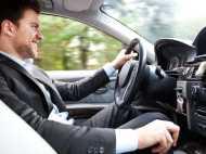 दिल्ली सरकार के इस बड़े फैसले से ड्राइविंग लाइसेंस बनवाना हुआ मुश्किल