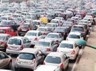 जुलाई 2019 से कारों में जरूरी होगें एयरबैग्स, स्पीड अलर्ट सिस्टम और पार्किंग सेंसर्स