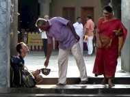 जब भारत में भीख मांगने को मजबूर हुआ रूसी पर्यटक, सुषमा स्वराज ने की मदद