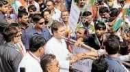 गुजरात चुनाव: विकास पहले 'पगलाया' और फिर 'धार्मिक' बन गया