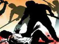 झारखंड: वासेपुर में आईएएस अधिकारी के परिवार पर हमला, फायरिंग भी की गई