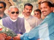 मूंछ की कुर्बानी देकर हिमाचल प्रदेश के CM बने हैं जय राम ठाकुर!