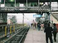 वाराणसी: कई ट्रेने लेट तो कई आज रद्द, देख लीजिए ताकि ना हो परेशानी
