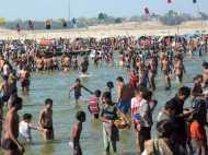 Makar Sankranti 2018: देशभर में मकर संक्रांति की धूम, लाखों श्रद्धालुओं ने गंगा में लगाई आस्था की डुबकी