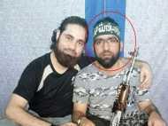 J&K: हिजबुल कमांडर की धमकी, 'जो पंचायत चुनाव लड़े उसे एसिड डालकर अंधा कर दो'