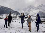 हिमाचल और उत्तराखंड में बर्फ का सूखा, जनवरी में दिख रहे जून के दृश्य