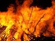 उत्तराखंड: आग लगने से रातोंरात खाक हुआ पूरा गांव, मुख्यमंत्री ने जताया दुख