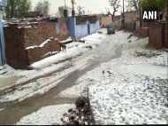 राजस्थान के सीकर में भारी बारिश के साथ पड़े ओले, दिल्ली में भी बदला मौसम