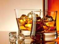 दस महीने में 775 करोड़ का शराब पी गए नोएडा निवासी