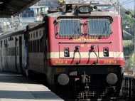 ट्रेन में सीट के लिए सेना के जवान ने किया हंगामा, यात्री को आतंकी बताकर मचाई अफरा-तफरी