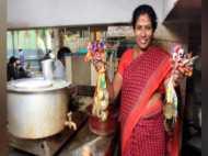 जीत चुकीं हैं कई मैडल लेकिन फिर भी चाय बेचने को मजबूर, पढ़ें एक पदक विजेता की कहानी