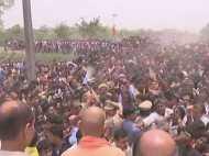 कुशीनगर हादसा: गुस्साए परिजनों ने किया सीएम योगी आदित्यनाथ का विरोध, नहीं पहुंच सके घटनास्थल पर