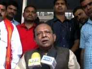 दलित के घर खाना खाने पहुंचे योगी के कैबिनेट मंत्री, बोले- आज परिवार धन्य हो गया