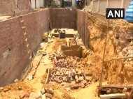 दिल्ली: ग्रेटर कैलाश में निर्माणाधीन इमारत की दीवार गिरने से एक की मौत, 5 घायल