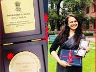 2015 की UPSC टॉपर टीना डाबी ने फिर से रचा इतिहास, IAS ट्रेनिंग में फर्स्ट रैंक के लिए मिला प्रेसिडेंट ऑफ इंडिया गोल्ड मेडल