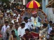 80 साल बाद किसी दलित की हुई ऐसी शादी, बारात में बाराती कम पुलिस वाले थे ज्यादा
