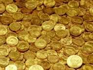 सोने की कीमत में गिरावट जारी, चांदी में दिखी तेजी, जानें कितना सस्ता हुआ सोना?