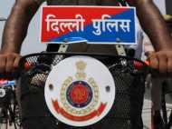 दिल्ली पुलिस की काली करतूत, रिश्वत में मांगे 1.5 करोड़, हुए सस्पेंड