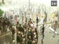 राजस्थान: राफेल मुद्दे पर विधानसभा घेरने जा रहे यूथ कांग्रेसियों को पुलिस ने दौड़ा-दौड़ाकर पीटा