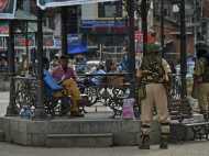 जैसे को तैसा: जम्मू कश्मीर में आतंकियों के रिश्तेदार हिरासत में तो पुलिस के सभी 11 रिश्तेदार हुए रिहा