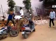 LIVE VIDEO: शराबी ने एक पुलिसवाले का फोड़ा सिर, दूसरे को जमीन पर पटका