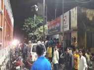 यूपी: छेड़खानी का विरोध करने पर युवती की मनचलों ने की पिटाई, पुलिस को भी नहीं बख्शा