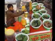 प्रधानमंत्री के पकौड़ा प्लान से बदल गई इस युवा की जिंदगी, लोगों को फायदेमंद चीज बेचकर कमाते हैं हजारों रुपए