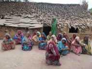मध्य प्रदेश के इस गांव में 50 साल से ज्यादा नहीं जीते हैं पुरुष, विधवा महिलाओं की तादाद कर देगी आपको हैरान