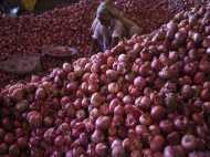 प्याज की कीमत में गिरावट पर बोले किसान- 2019 में बीजेपी को चुकाना होगा हिसाब