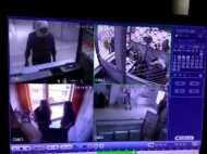 यूपी में दिनदहाड़े बैंक में लाखों की डकैती, वारदात CCTV में कैद, देखिए