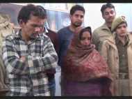 नोएडा: व्यापारियों को चाय पिलाती थी महिला, इसके बाद लूटती थी गैंग