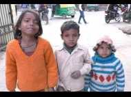 मां की हत्या के बाद पिता, दादा व दादी को उम्रकैद, कोर्ट परिसर में रोते रहे 3 अनाथ मासूम, देखें वीडियो