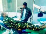 जिस नक्सली ने बरसाई गोलियां, उसकी जान बचाने के लिए CRPF जवान ने ही दिया खून
