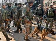 J&K: बडगाम में आर्मी जवान को आतंकियों ने घर से किया किडनैप