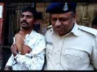चाय पीने की बात पर झल्लाया हत्यारोपी, हथकड़ी मार सिपाही का अदालत में ही फोड़ दिया सिर