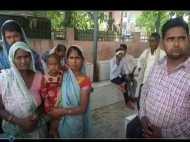 पति-पत्नी के मामूली झगड़े से तीन बच्चे हो गए अनाथ, मासूमों का चेहरा देखकर हर कोई रो पड़ा