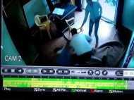 'जिम करूंगा लेकिन पैसे नहीं दूंगा', लाठी-तमंचा लेकर घुसे युवकों का कहर, देखिए वीडियो