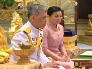 थाईलैंड के राजा ने अपने बॉडीगार्ड के डिप्टी हेड से की शादी, बनाया रानी