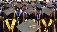 इस देश का अनोखा कानून, ऐसा नहीं किया तो नहीं मिलेगी ग्रेजुएशन की डिग्री