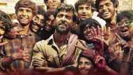मुश्किल में ऋतिक रोशन की फिल्म 'सुपर 30', रिलीज रोकने को IIT छात्र पहुंचे कोर्ट