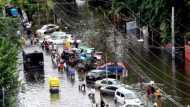 पटना में बाढ़ का प्रकोप, पानी में डूबा एक और नेता का घर