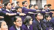 केजरीवाल ने स्कूलों में लड़कों को दिलाई एक शपथ, लड़कियों से कहा पेरेंटस की मौजूदगी में भाइयों से करें बात