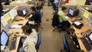 नौकरीपेशा लोगों के लिए बड़ी खबर, छुट्टी से जुड़े इस नियम में बदलाव कर सकती है सरकार
