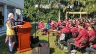 प्रधानमंत्री नरेंद्र मोदी ने बहादुर बच्चों के बीच खोला अपने चेहरे पर तेज का राज